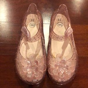 Girls jelly shoes light pink / peach color sandals